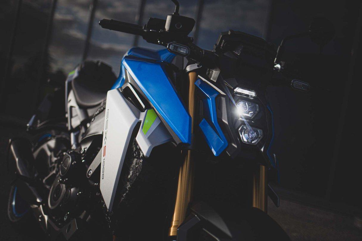 GSX-S1000_M2_Action_37